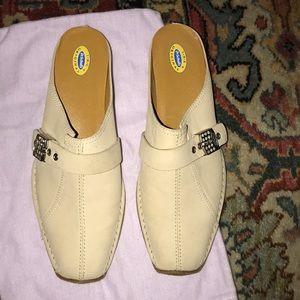 Dr scholls new shoes 7 1/2